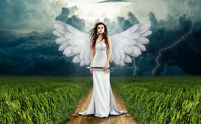 ナイフを持った天使