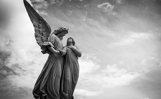 天使の象徴と意味
